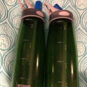 2 camelback 1000 Ml Bottles (used)